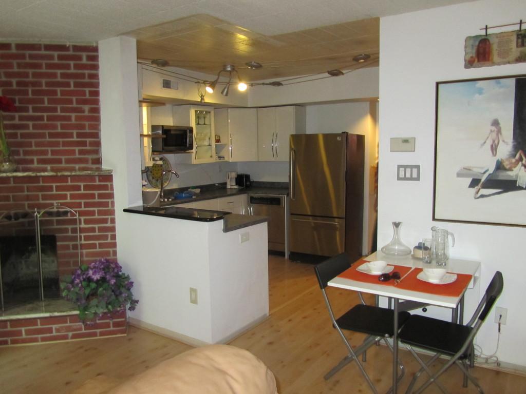 living overseas, toronto apartments