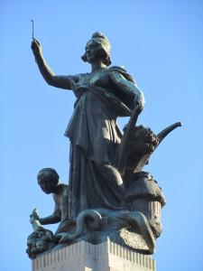 plaza de congresso, buenos aires statue